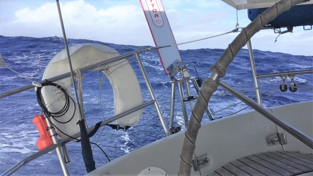 big seas from Maupiti to AS