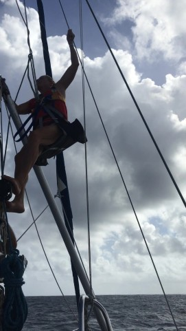 up the mast 1_Moment